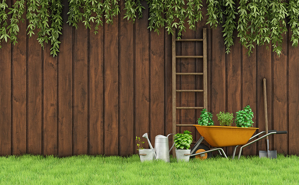 Fence Staining Unlimited Professional Services